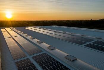Plaques solars a 3 equipaments municipals