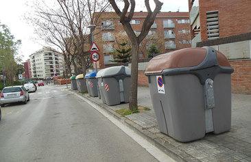 Netejar els contenidors i millorar-ne el manteniment